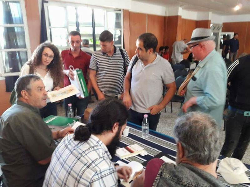 "Riadh Hadir signe son livre "" Pupille"" à Aokas le samedi 07 Octobre 2017 - Page 2 1126"