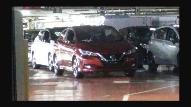 2017 - [Nissan] Leaf II - Page 5 Captur10