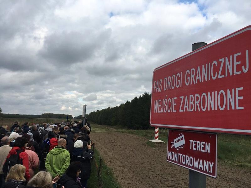 La Pologne prie le rosaire à ses frontières pour se protéger de l'islamisation 6a00d814