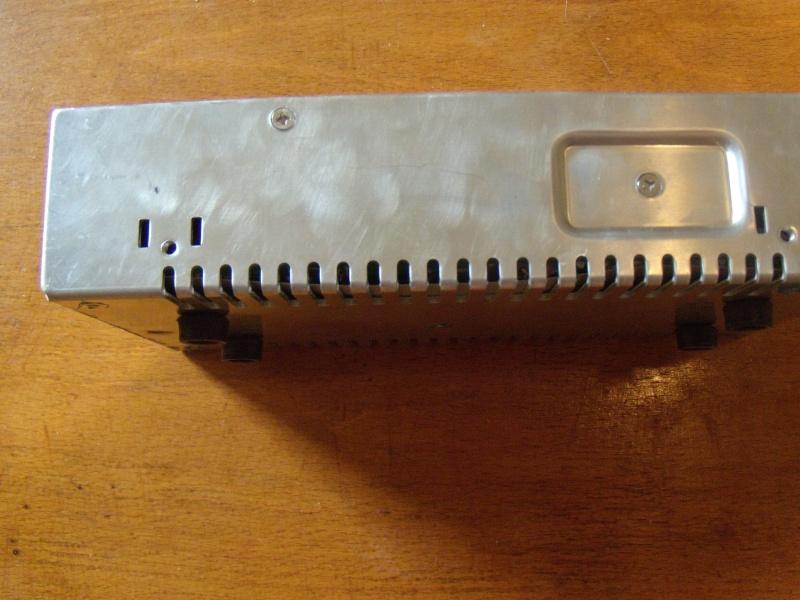 Modifier alim 12V 30A pour avoir un inter et des borniers Modif_15