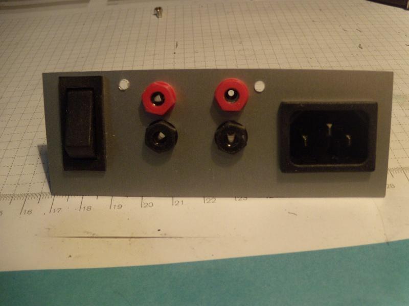 Modifier alim 12V 30A pour avoir un inter et des borniers Modif_31