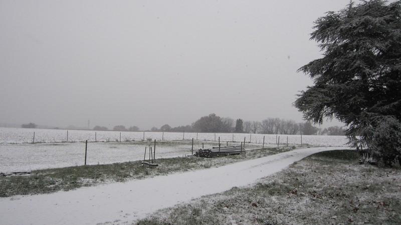 Neige sur le sud-est Img_0312