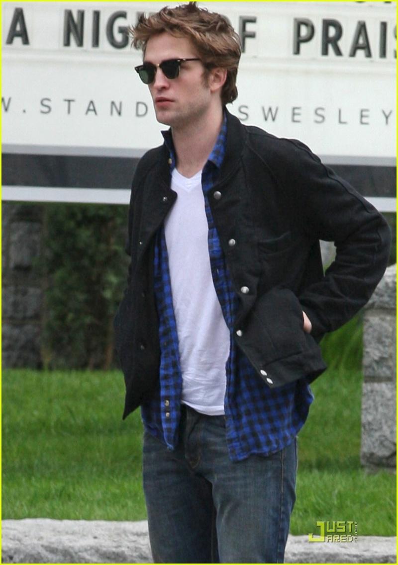 Robert Pattinson Official Gallery - Page 3 Robert10