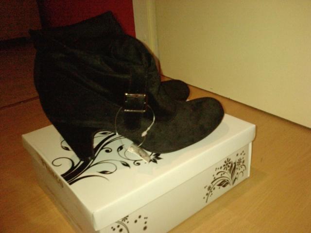 Vaša obuća samo SLIKE - Page 2 10011511