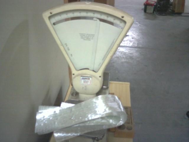 Pressing All-fiberglass crossbow limbs 610