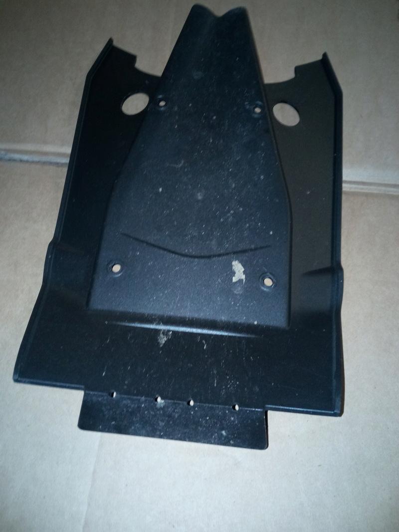 Support de plaque Powerparts pour 1290 GT - Page 2 Protec10