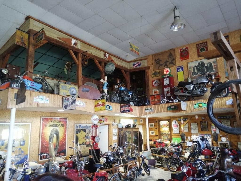 musee moto dans le 63 Img_2044