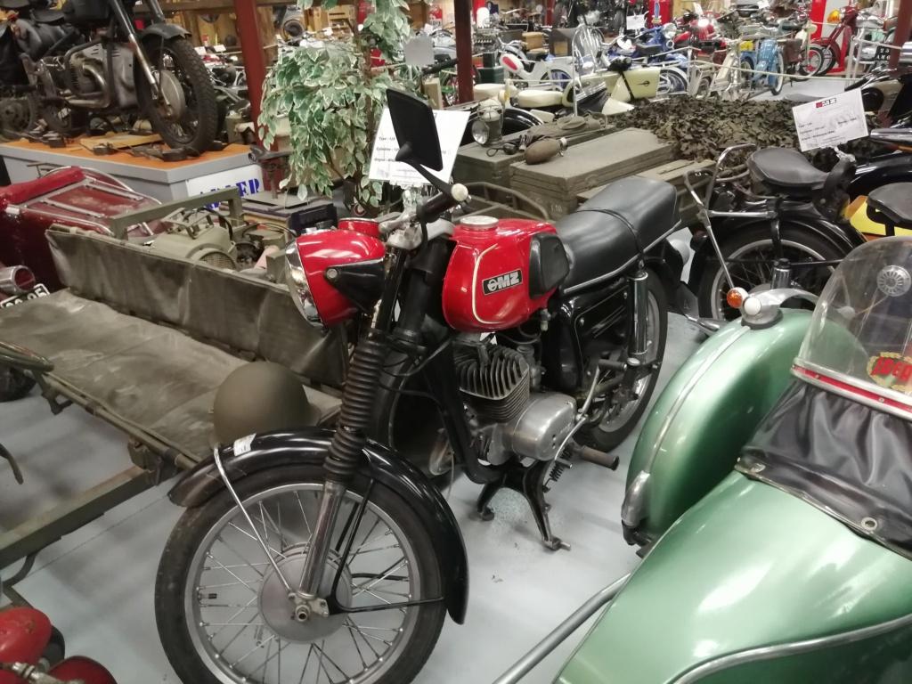 musee moto dans le 63 Img_2048