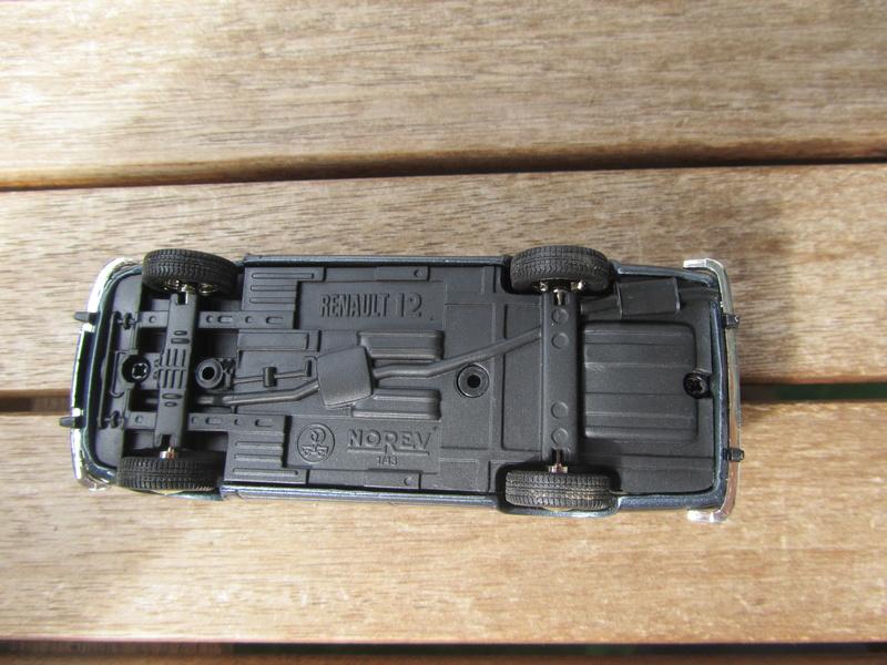 135 - Renault 12 Break 1971  07525