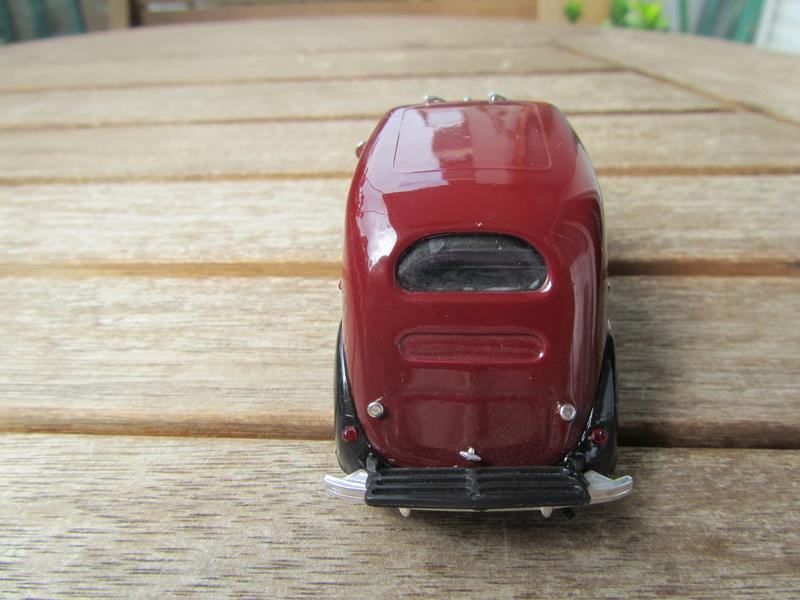 068 - Renault Celtaquatre 1937  08524