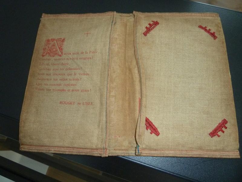 Etui pour livret militaire 14/18 Noel 1915 Hôpital annexe 101  avec citation Rouget de L'isle -ALPINS-SEPTEMBRE1 P1090316