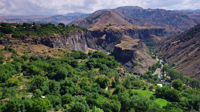 LE TEMPLE DE GARNI (Arménie) 12348010