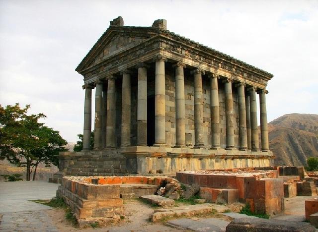 LE TEMPLE DE GARNI (Arménie) Garni_10