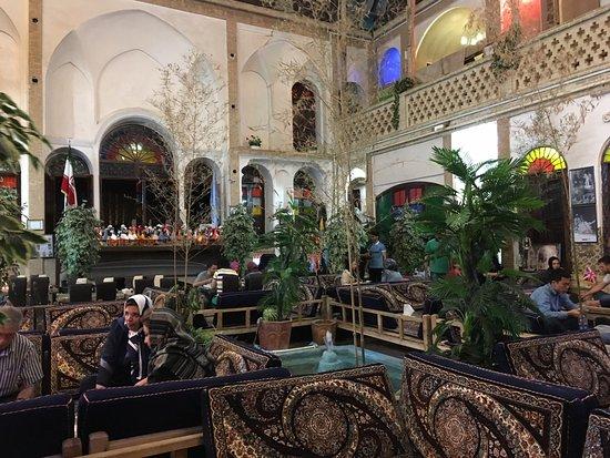MAISONS DE THE/CAFES DU MONDE Photo010