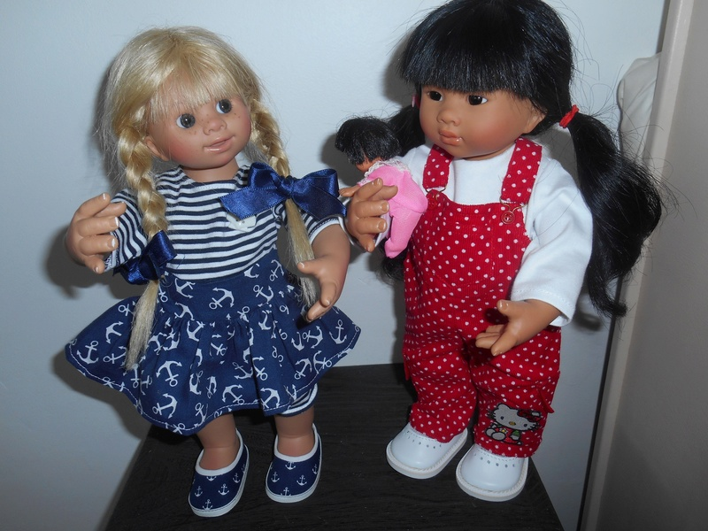 heidi a une nouvelle amie...et une nouvelle robe  Dscn0717