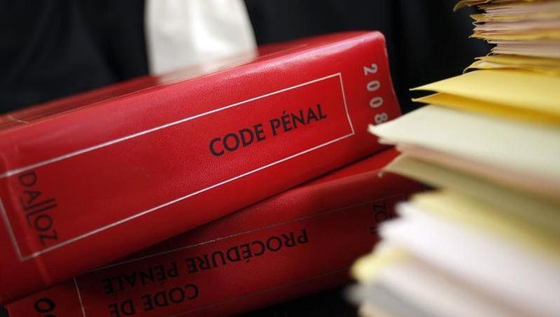 Un homme vole un Code pénal «pour mieux connaître la loi» Xvma8410
