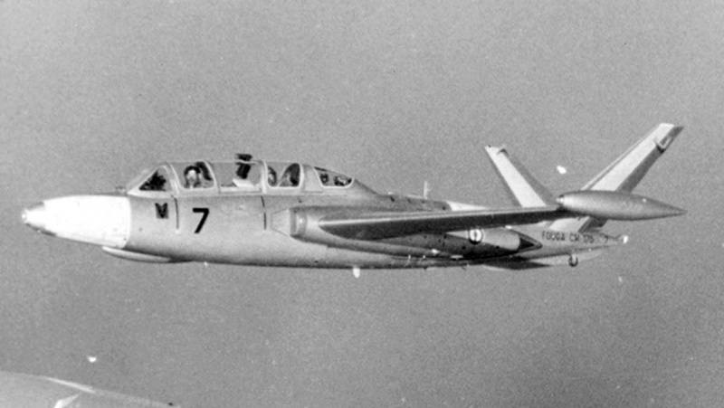 Fouga magister ? Sans-t10