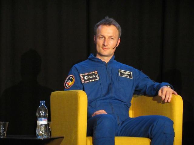 Conférence Matthias Maurer à Genève (CERN) le 29/09/17. Img_0018
