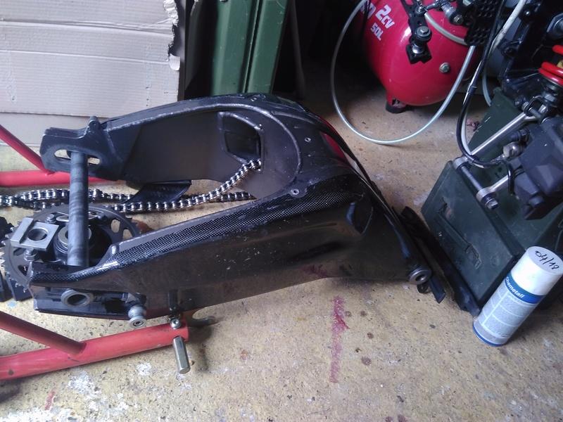 demontage boite de vitesse s1000rr 2011 Img_2015