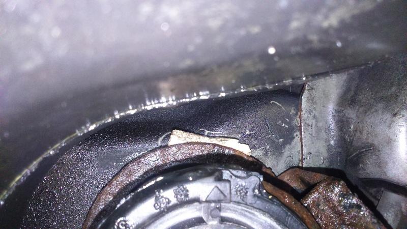 [ BMW E46 320d M47 an 1999 ] bruit venant de l'arrière, accoups à l'accélération - Page 5 Dsc_0814