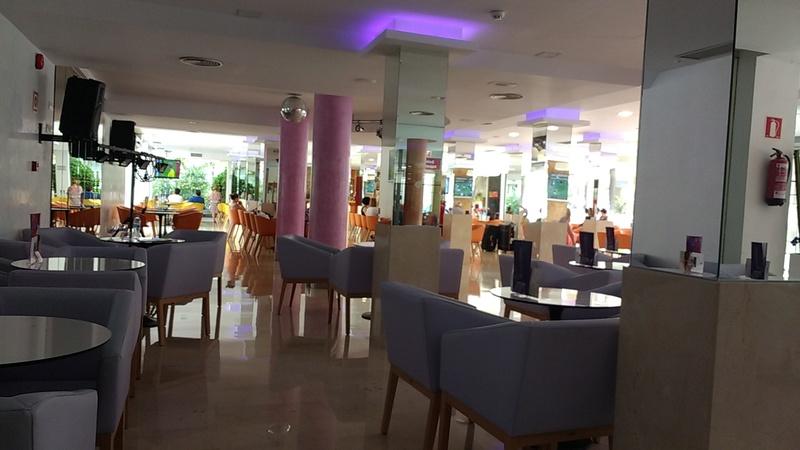 Spain, Costa Blanca, Benidorm, Servigroup Pueblo Benidorm Hotel Img_2028