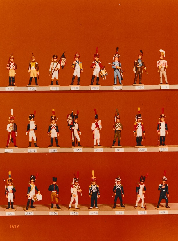 Anyone recognise these toy soldiers? - Mystery Solved! Creati20