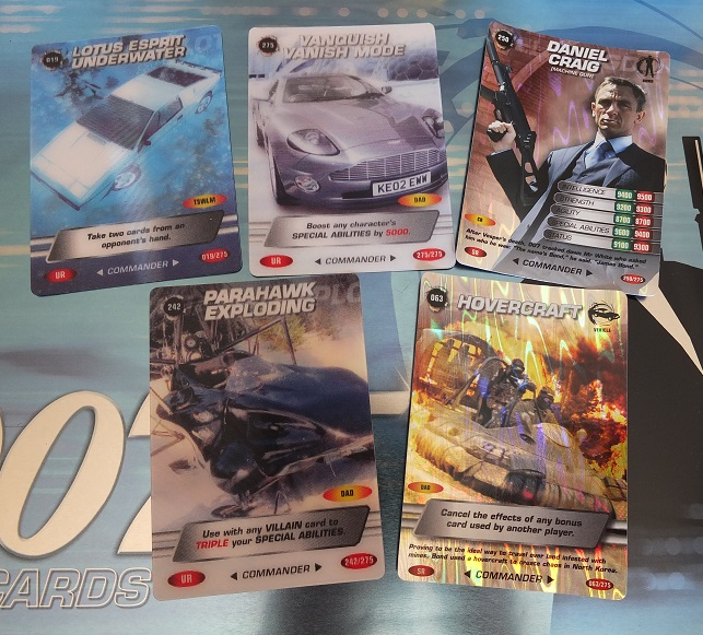 James Bond 007 Trading Card set - finally complete! James_16