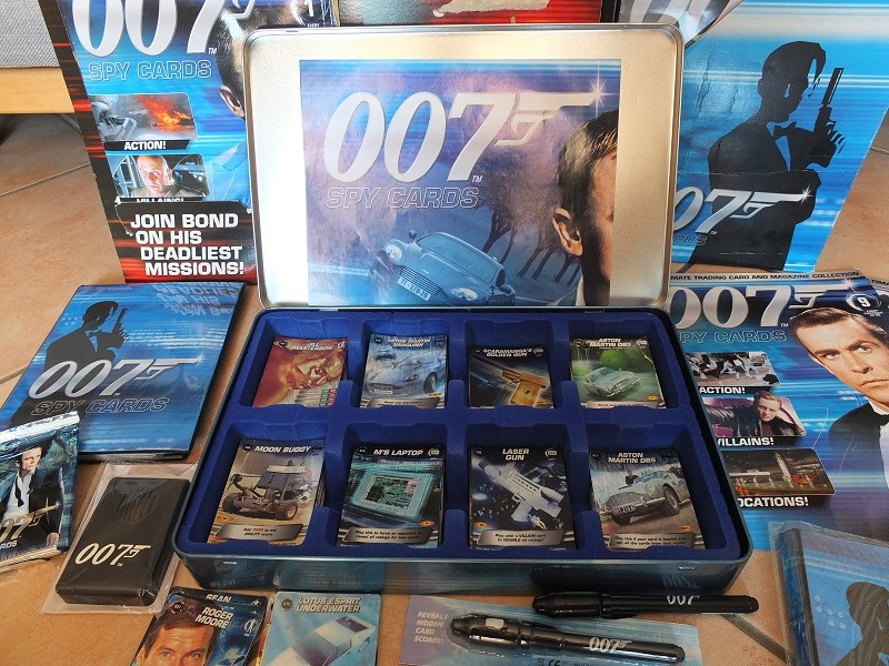 James Bond 007 Trading Card set - finally complete! James_20