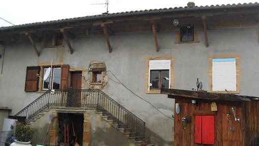 Une maison hantée à vendre pour 1 euro Media_12