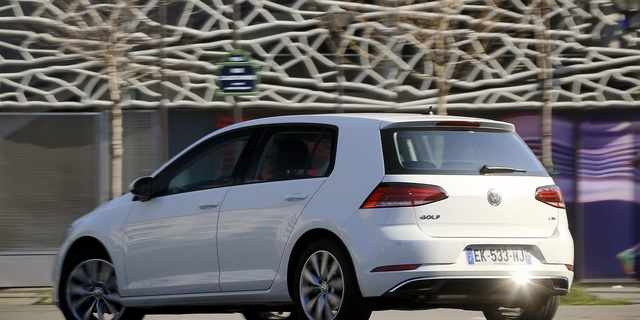 Essai - Volkswagen Golf TDI 115 <= Cliquez pour lire la suite de l'article Cbcbcb10