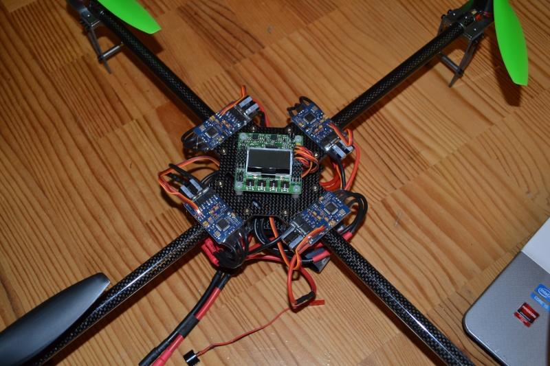 quadrirotor perso *08-02-13 il vole */n'a pas rendu sont dernier souffle ! - Page 4 Dsc_0012