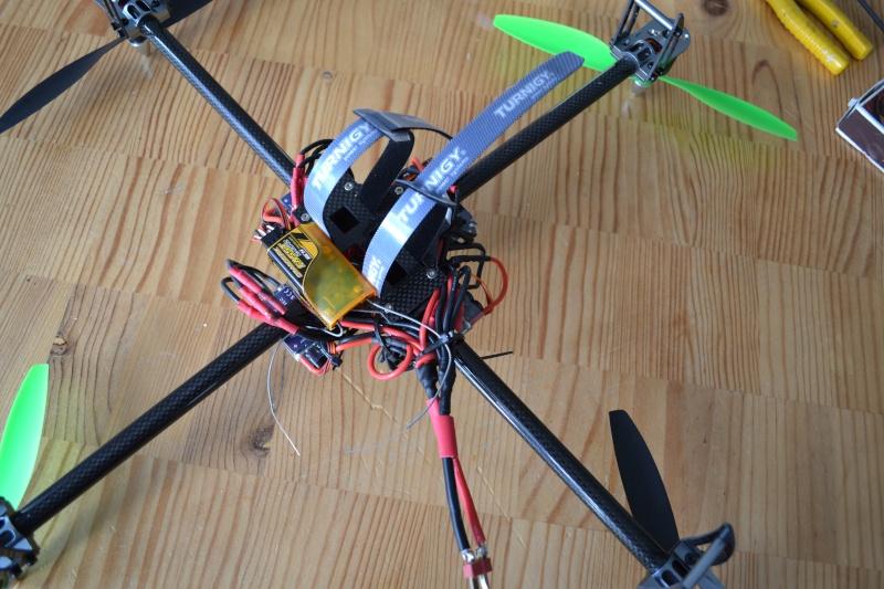 quadrirotor perso *08-02-13 il vole */n'a pas rendu sont dernier souffle ! - Page 5 Dsc_0013