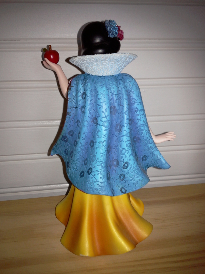 Disney Haute Couture - Enesco (depuis 2013) - Page 3 Photo617