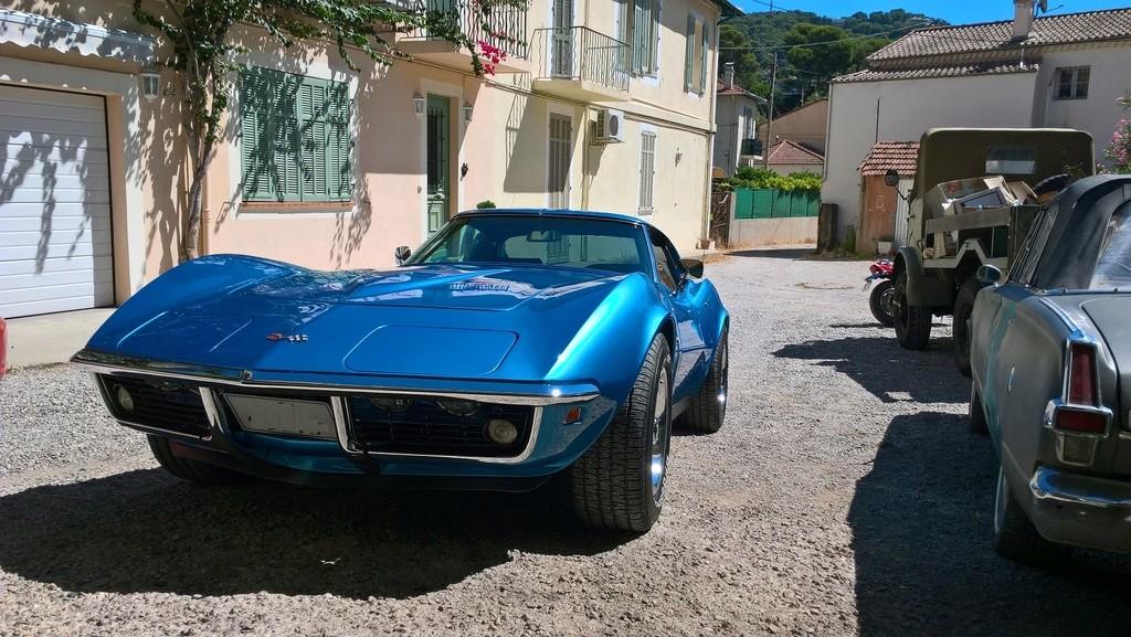 Corvette coupé 69 - Page 3 Chez_c11