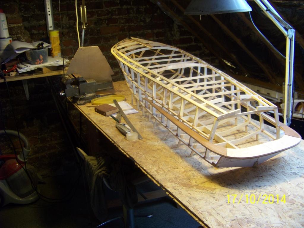 Construction d'un riva aquarama spécial 100_3216