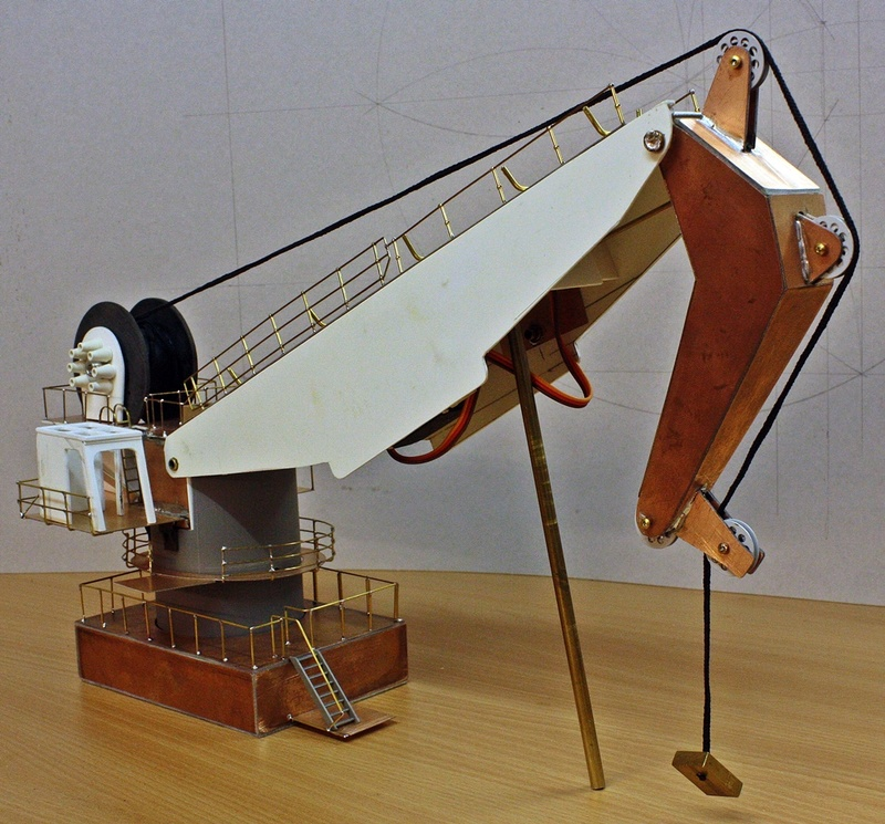 Bau eines X-Bow Schiffes in 1:50 Kran210
