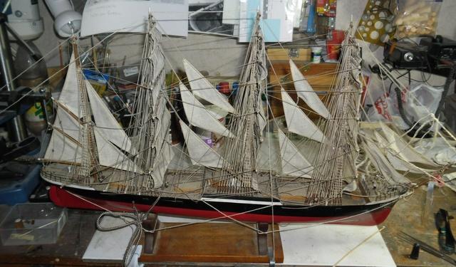 """Restaurierung eines Modells der """"Pamir"""" 1110"""