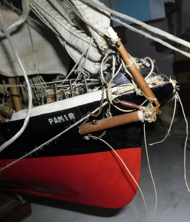 """Restaurierung eines Modells der """"Pamir"""" 510"""