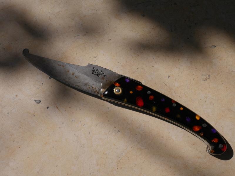 quel couteau vous accompagne dans votre fourgon P1180116