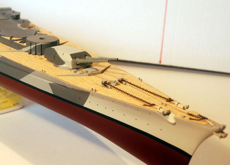 Tirpitz Tamiya 1/350 - Page 3 02_tou11