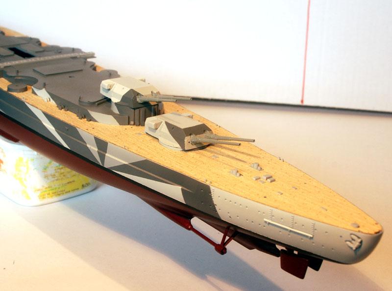 Tirpitz Tamiya 1/350 - Page 3 02_tou14