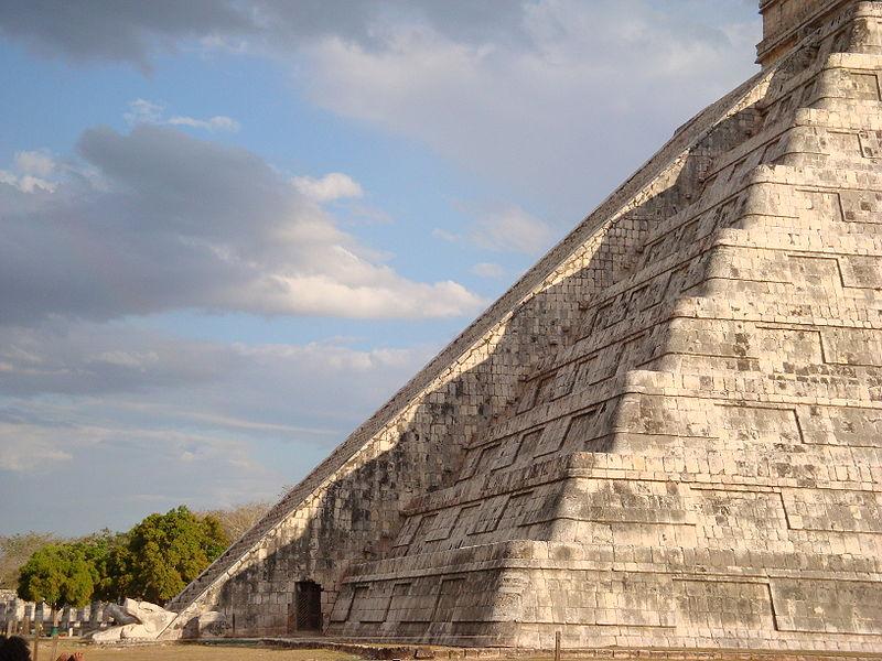 Mayan culture 800px-12