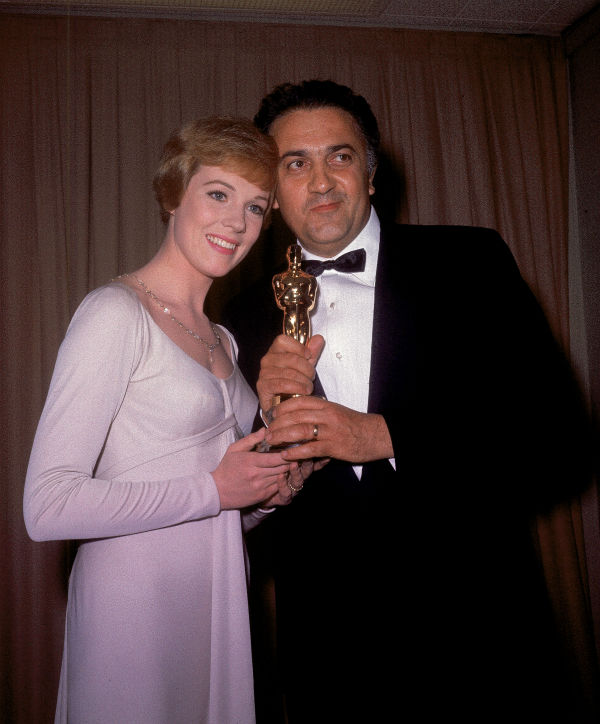 Academy Awards History - Page 2 Ap640410