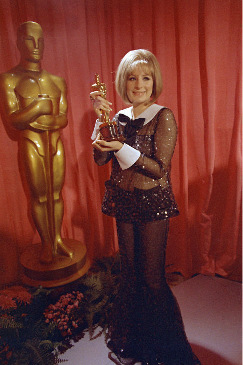 Academy Awards History - Page 2 Ap690411