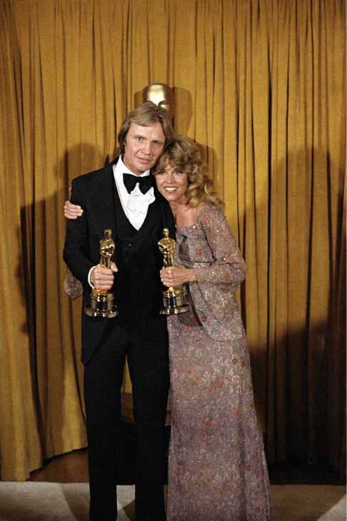 Academy Awards History - Page 2 Ap790410