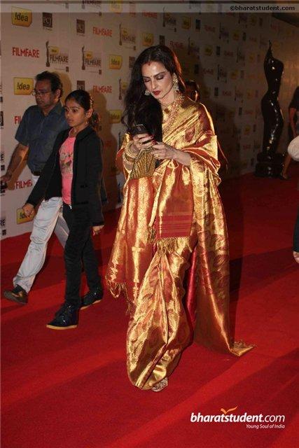 Bollywood  E3ca1010