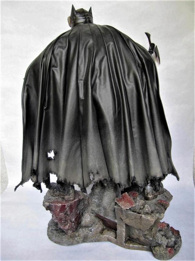 repaint statue weta sideshow bowen . - Page 9 Batrus16