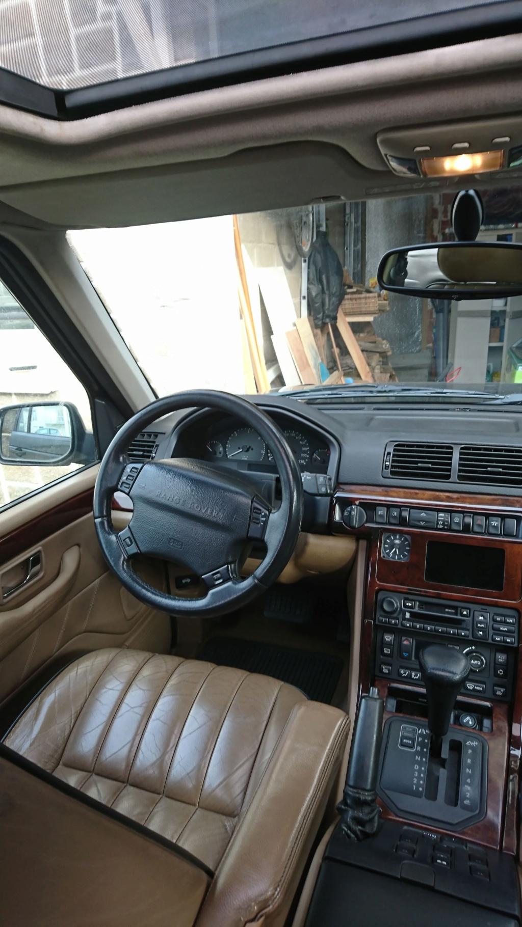 Nouveau dans la famille des Range Rover  P38 Dsc_0222