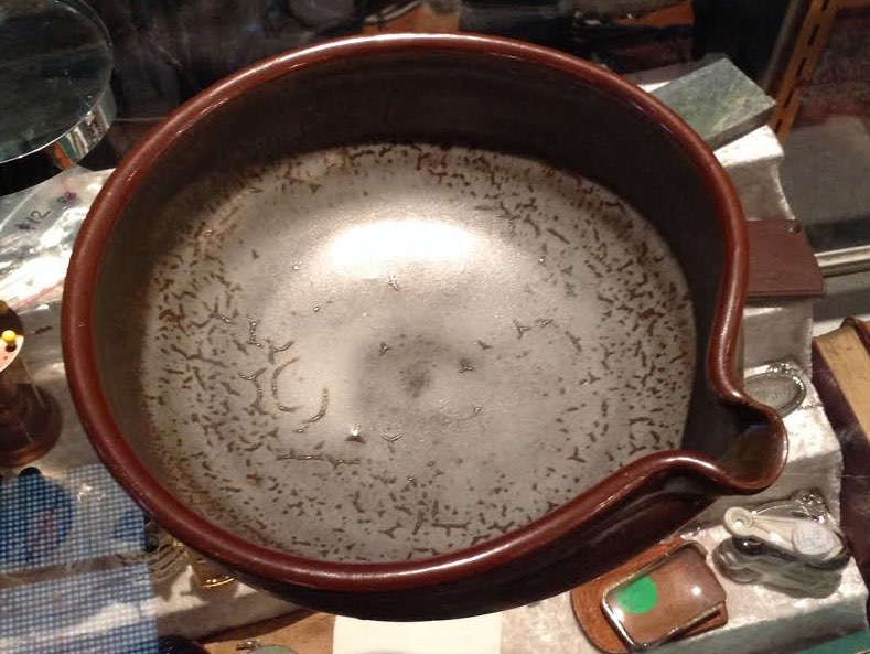 bowl - Len Castle shallow bowl with pourer Lc110