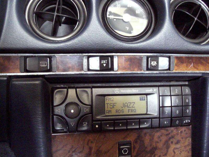 Quelle autoradio avez vous dans votre mercedes?  - Page 3 Cimg4510